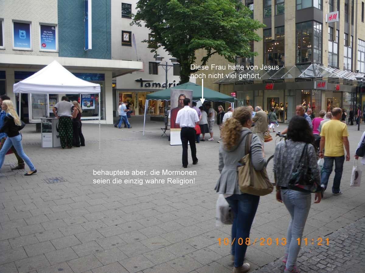 Jehovah's Witnesses in the Essen Pedestrian Zone