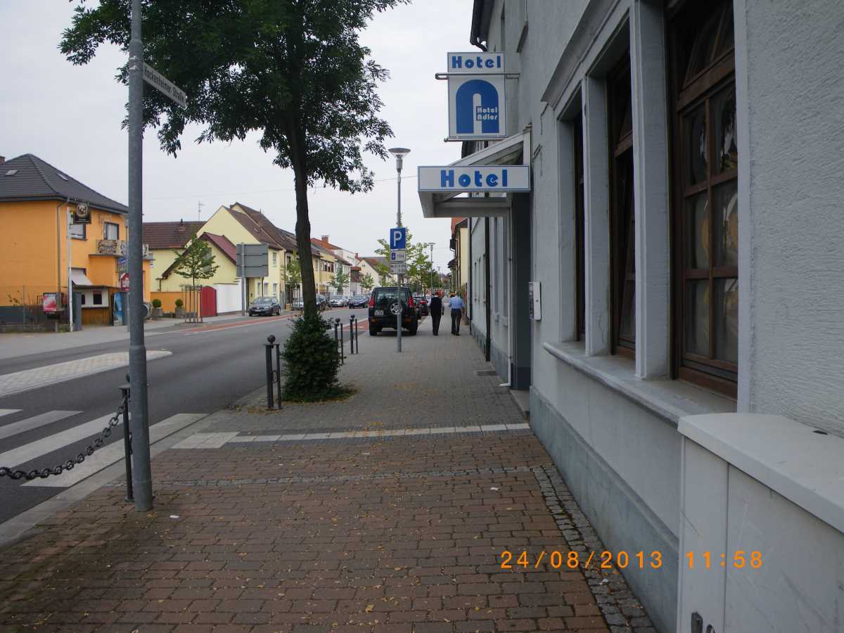 Jehovah's Witnesses in Neulussheim at the roundabout