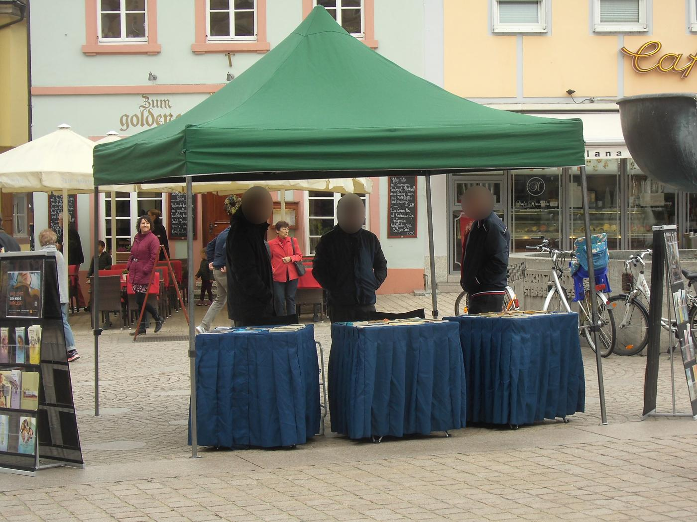 Jehovah's Witnesses in Bruchsal and Speyer active with effort