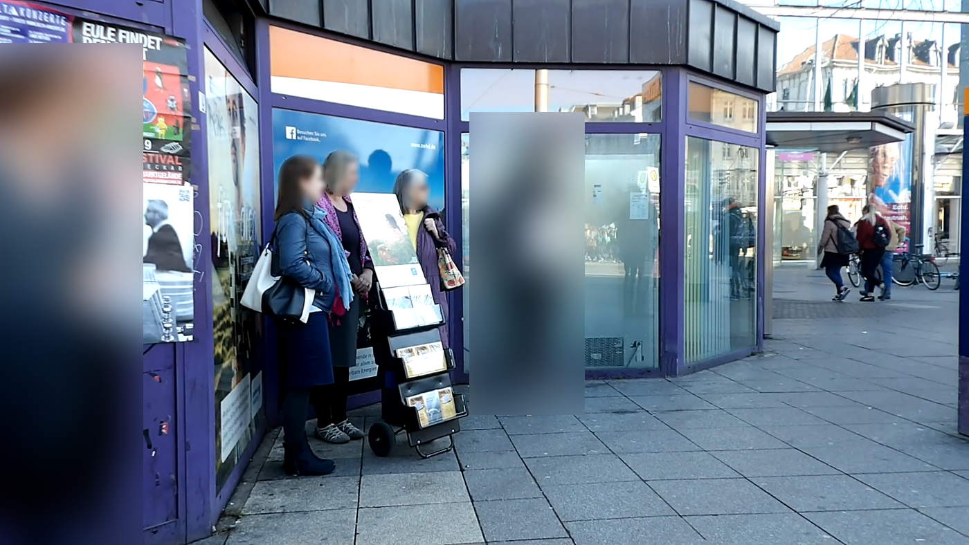 Jehovah's Witness Greets the Dead from Walldorf