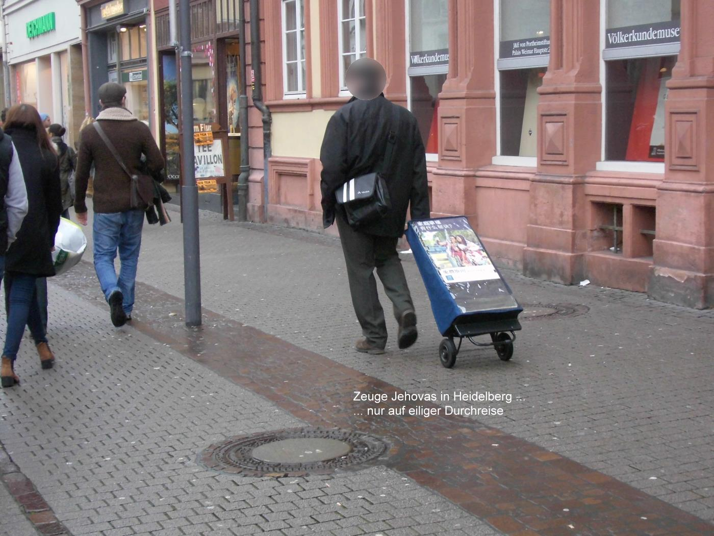 Jehovah's Witness in Heidelberg Fleeing from Christmas