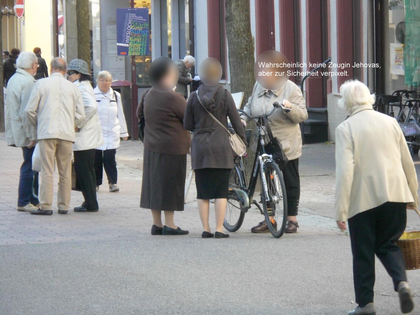 After seven minutes, Jehovah's Witnesses are gone