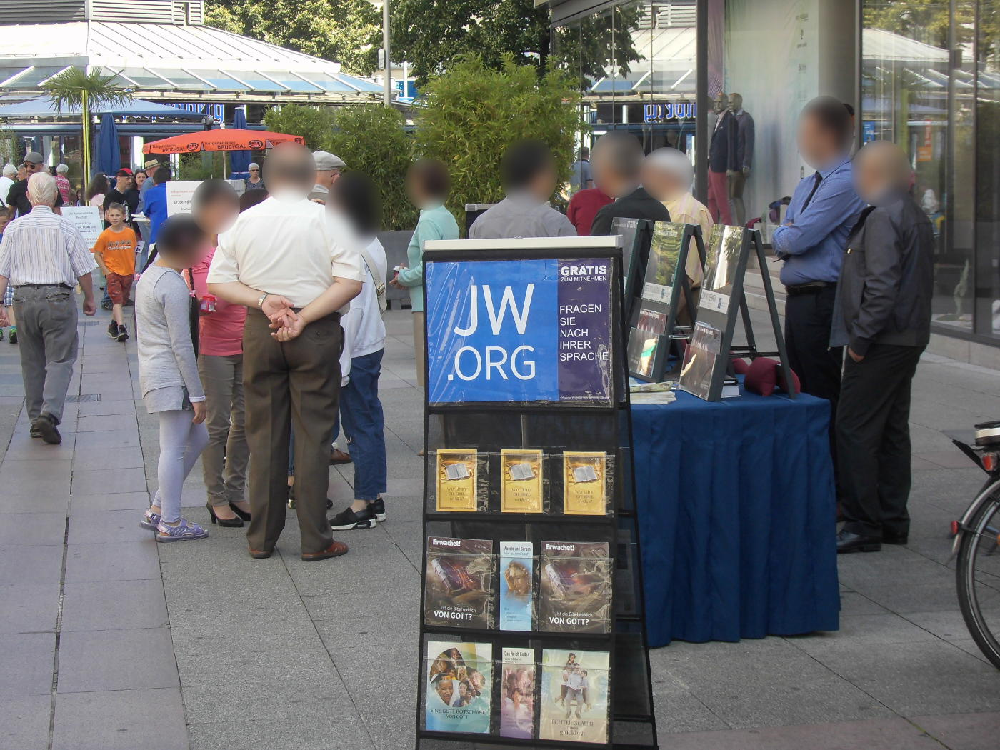 Are the Jehovah's people cannibals?
